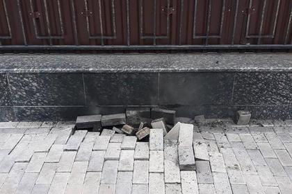 Около российского посольства в Киеве взорвался кабель