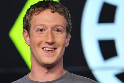В Facebook задумали найти замену Цукербергу