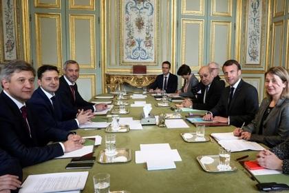 Пожар в соборе Парижской Богоматери связали с приездом Зеленского