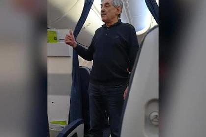 Панкратова-Черного выгнали из самолета из-за «неадекватного поведения»