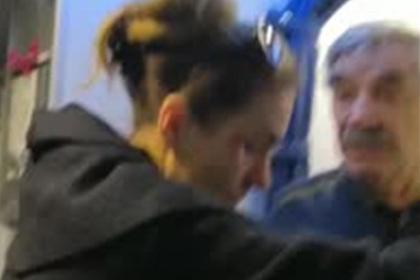 Конфликт Панкратова-Черного с персоналом самолета попал на видео