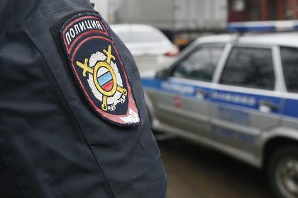 Российские подростки забросали камнями пенсионера и избили четверых сверстников