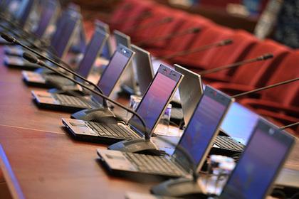 В Таджикистане озаботились зрением граждан и повысили цены на интернет