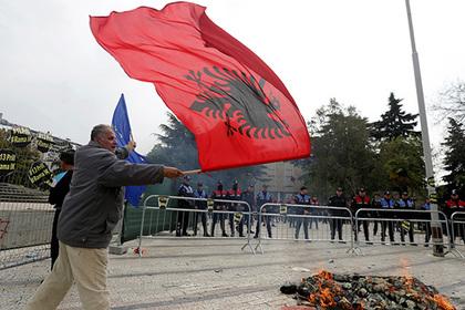 Россия предупредила о великодержавных устремлениях Албании
