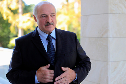 Лукашенко нашел способ перестать ходить с протянутой рукой