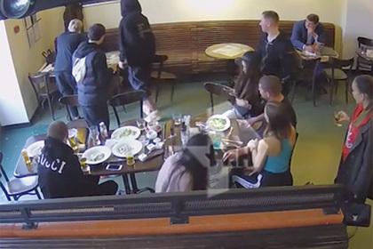 Появилось полное видео избиения чиновников Кокориным и Мамаевым