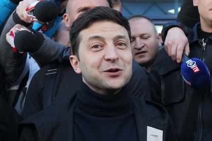 Зеленский перешел на русский во время дебатов с Порошенко