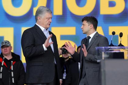 Дебаты Зеленского и Порошенко нецензурно раскритиковали со сцены