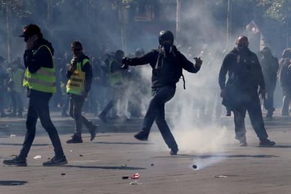 На акции «желтых жилетов» в Париже задержаны 189 человек