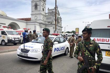 Взрывы прогремели в двух церквях Шри-Ланки во время празднования Пасхи