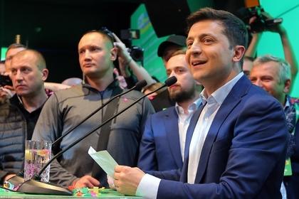 Зеленский анонсировал «мощную информационную войну» в Донбассе