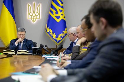 Окружение Порошенко начали вызывать на допросы