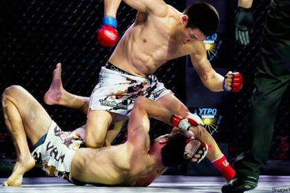 Боец из якутского поселка подписал контракт с UFC