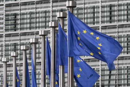 Европа погрязла в долгах