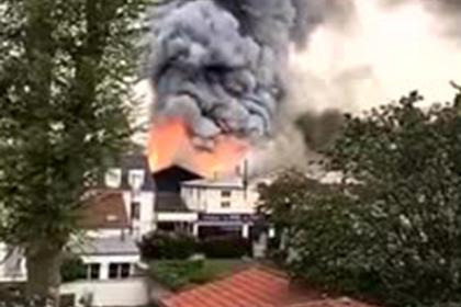 Во французском Версале произошел сильный пожар