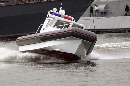 Полицейский похитил служебный катер во время шторма на Черном море