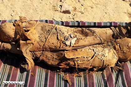 Найдена затерянная гробница с мумиями и сокровищами