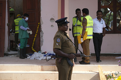 Строитель остановил террориста перед входом в церковь на Шри-Ланке