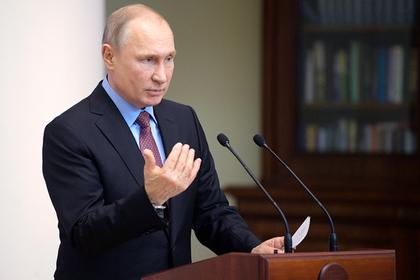 Путин ответил на критику упрощенного гражданства для жителей Донбасса