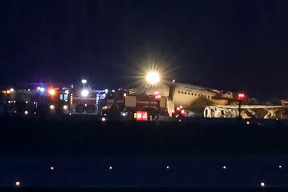 У следствия возникли вопросы к пилотам сгоревшего в Шереметьево SSJ-100