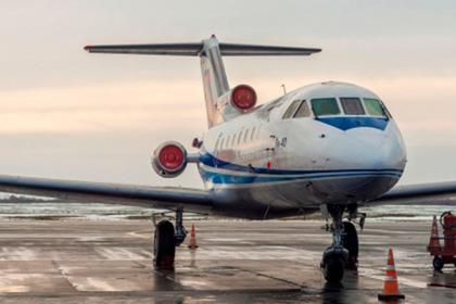Российский самолет прервал полет из-за поломки