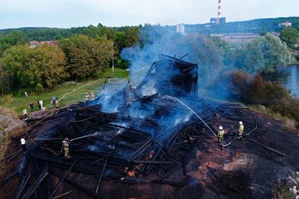 Подозреваемый в поджоге деревянной церкви вКарелии избежит наказания photo