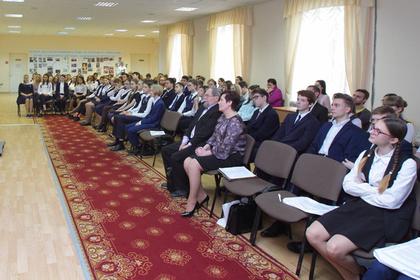 Российскую гимназию с завышенными требованиями для девочек проверят