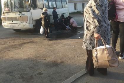 Россиянин остановил автобус после сердечного приступа у водителя