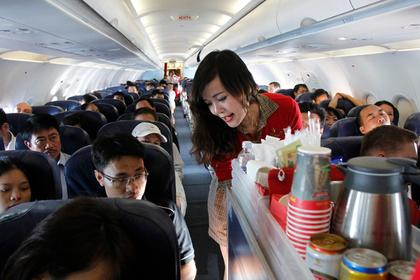 Стюардессы описали пассажира своей мечты
