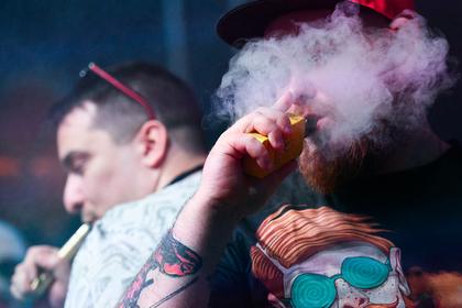 В Москве задумали приравнять вейпы и кальяны к сигаретам