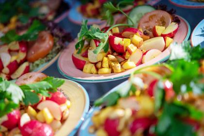 В Швеции посадили в тюрьму принуждавших дочь к вегетарианству родителей