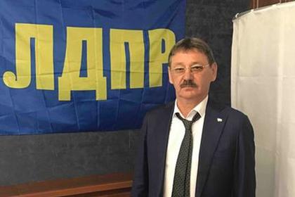 Российский депутат задекларировал три десятка квартир и десять самолетов
