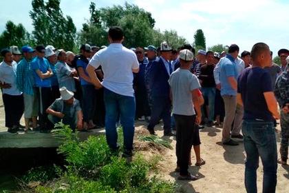 Киргизия попыталась отобрать у Таджикистана кладбище