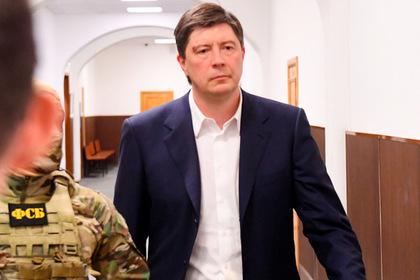Адвокат бывшего владельца банка открестился от показаний на полковника ФСБ
