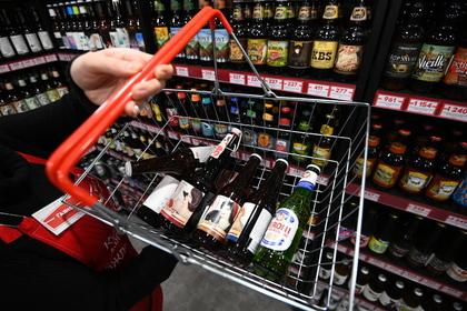 Россияне массово променяли вино на пиво
