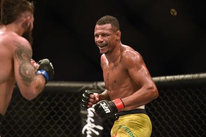 Боец UFC украл у избитой жены пятимесячного ребенка и оставил его на обочине