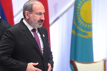 Пашинян лишил министров заместителей