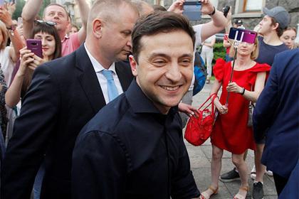 Зеленский собрался запустить детей в администрацию президента