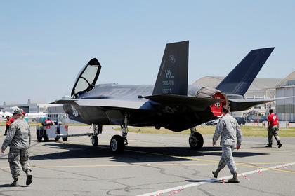 F-35 в сравнении с Су-57 оказался «айфоном»