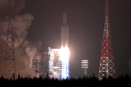 РАН рекомендовала «Роскосмосу» лететь к Луне на «Ангаре»