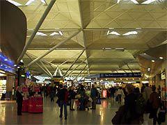 "Аэропорт London Stansted, фото Сергея Рублёва, ""Лента.Ру"""