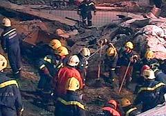 Работа спасателей на месте ЧП, кадр НТВ