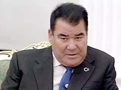"""""""Отец всех туркмен"""" Сапармурат Ниязов, кадр Перового канала"""