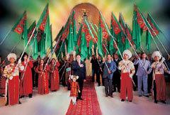 Театральная постановка Рухнамы, фото с сайта Туркменистан.ру