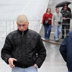 Скинхед у входа на Красную площадь, фото Любови Кульковой, Лента.Ру