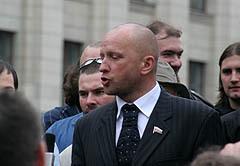 Николай Курьянович дает интервью, фото Любови Кульковой