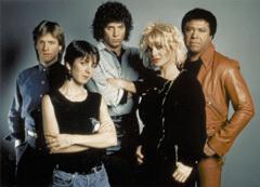 Молодые, модные, дерзкие ведущие MTV образца 1981 года, фото из пресс-релиза к 25-летию канала MTV