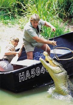 Стив и Терри ловят крокодила, фото с сайта btinternet.com
