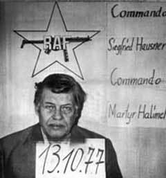 """Ганнс-Мартин Шлейер, находящийся в заложниках у """"Фракции Красной армии"""". С сайта wikipedia.org"""