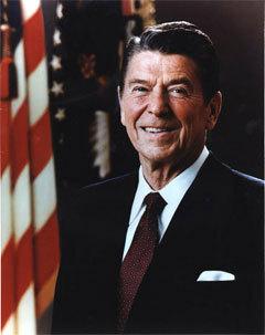 Официальный портрет президента Рональда Рейгана